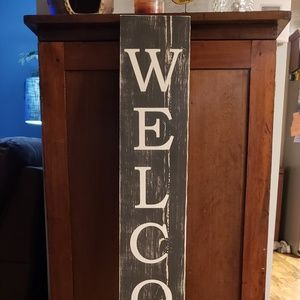 4' Tall Black & White Vertical WELCOME Porch Sign